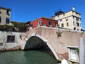 Bridge in Venice - Laura Spoonie